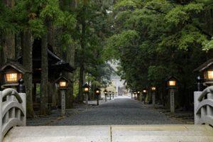 小國神社の参道